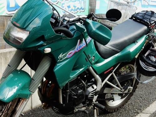 カワサキ KLEアネーロ (700x525).jpg